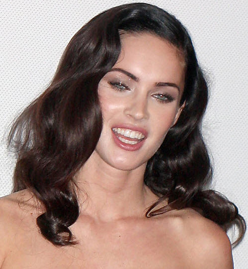 Megan-Fox-vintage-hairstyle-with-a-soft-curls