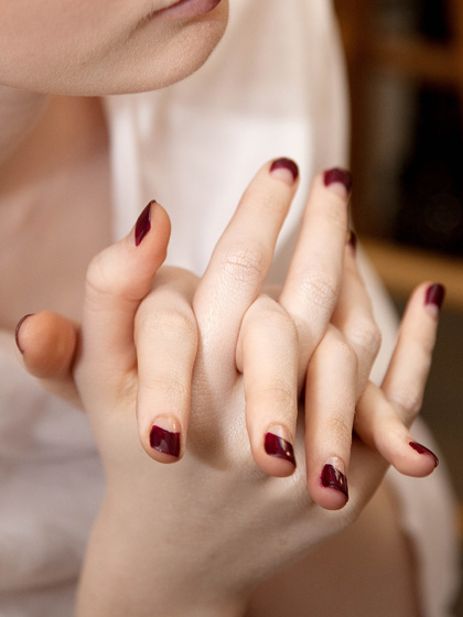 half-moon-manicures-at-oscar-de-la-renta