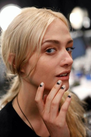 Katie-Hughes-Nail-Trends-Spring-2013-at-New-York-Fashion-Week-322x483