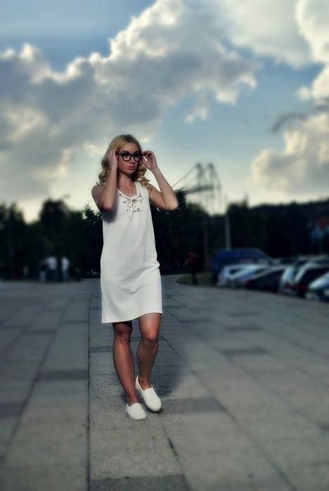 alina boda rochie alba