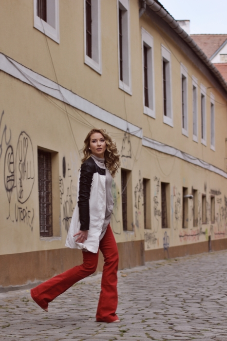 pantaloni evazati / second hand