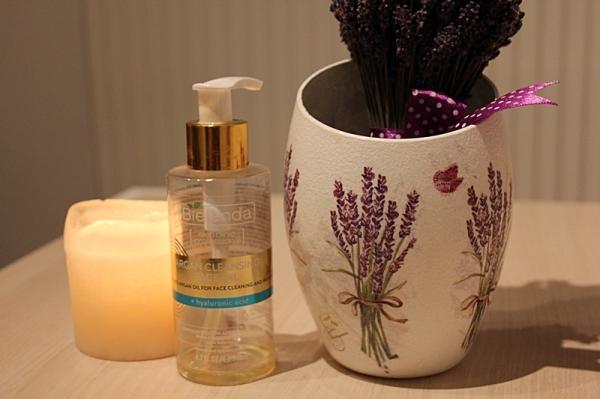 argan cleansing face oil- bielenda