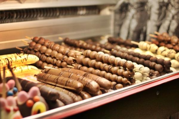 capsuni in ciocolata