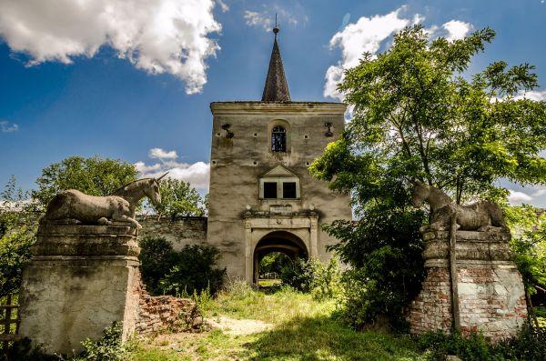 Castel Kornis