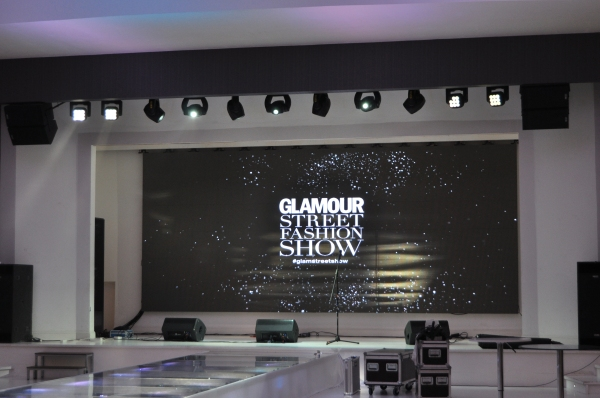 Glamour Street Fashion Show 2016