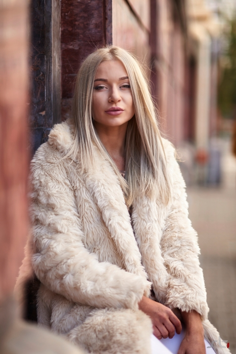 faux fur blogger cluj
